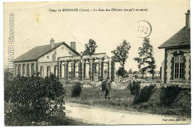 Camp d'Orléans. Le mess des officiers.